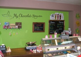 75 Berry Lane - Chocolate shop (6)